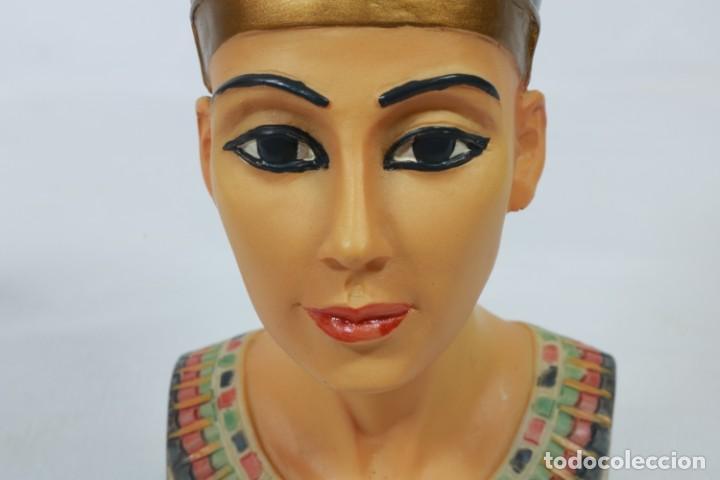 Arte: Precioso busto de Nefertiti tallado en resina - firmada Veronese - 2001 - Foto 11 - 233172505