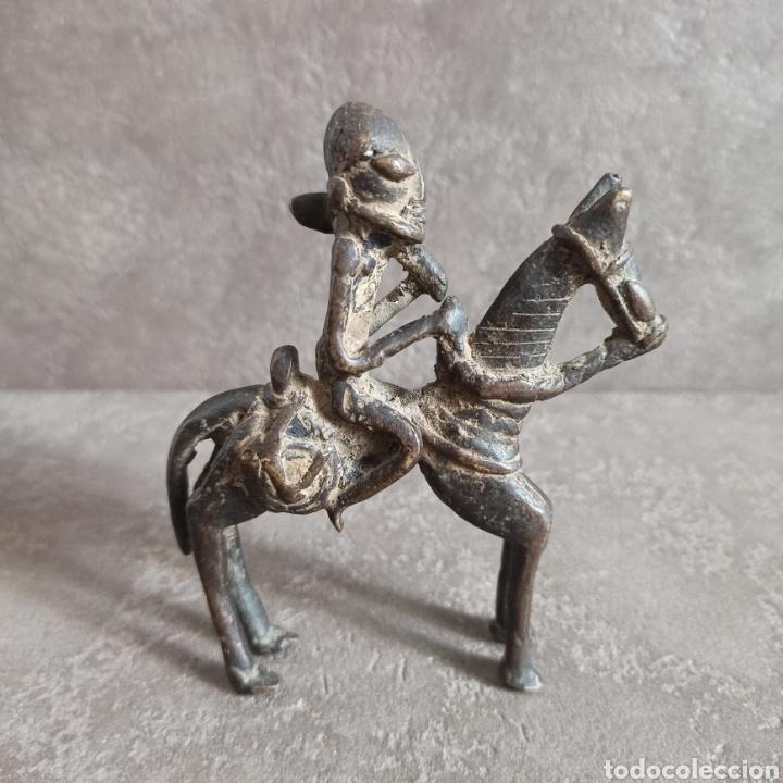Arte: Figura de bronce caballero a caballo - Foto 2 - 234454450