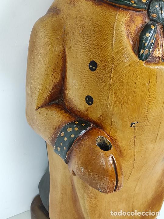 Arte: Divertido Cerdo de Antigua Carnicería - Madera Tallada y Policromada - Altura 85 cm - Foto 4 - 234458875