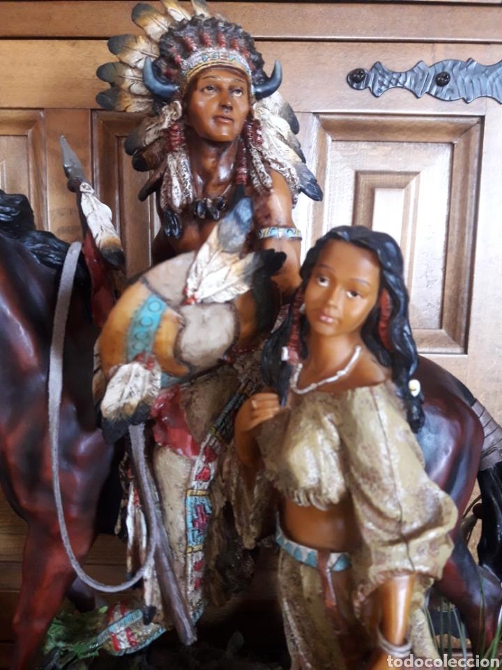 Arte: Magnífica escultura de resina de indios americanos - Foto 2 - 234484750
