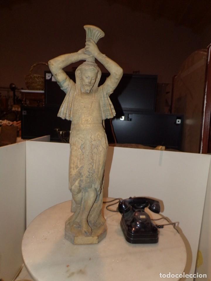 ANTIGUA ESCULTURA SOLDADO PARECE EGIPCIO DE TERRACOTA DE 92 CM ALTURA ¿VALLMITJANA? (Arte - Escultura - Terracota )