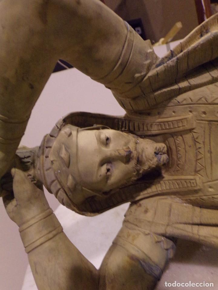 Arte: antigua escultura soldado parece egipcio de terracota de 92 cm altura ¿vallmitjana? - Foto 29 - 234703250