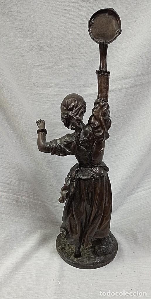 Arte: escultura en broce mujer con pandereta firmada - Foto 6 - 234924945