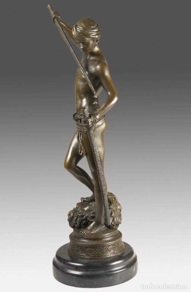 Arte: Copia del David de Antonin Mercié. Altura: 34 cm. Peso: 2 kg. - Foto 6 - 235479285