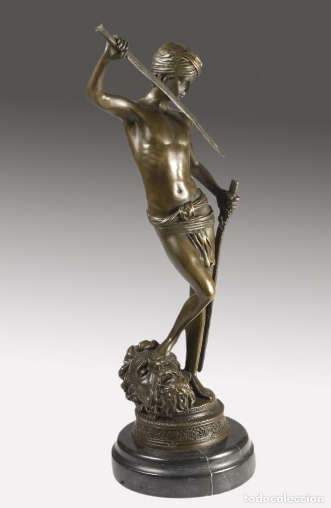 Arte: Copia del David de Antonin Mercié. Altura: 34 cm. Peso: 2 kg. - Foto 2 - 235479285