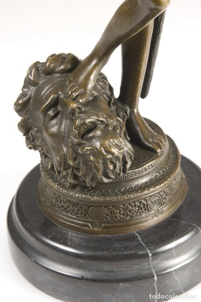 Arte: Copia del David de Antonin Mercié. Altura: 34 cm. Peso: 2 kg. - Foto 3 - 235479285