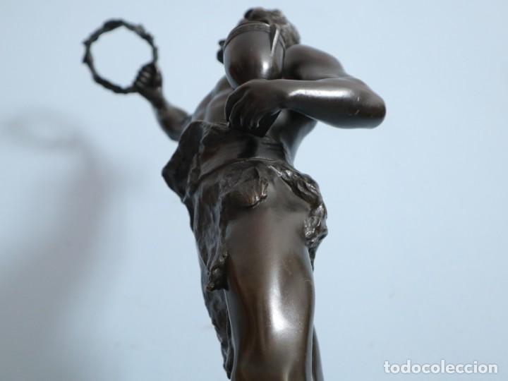 Arte: Corredor Victorioso. Charles Lemoyne (Francia 1783- 1873). Figura de bronce patinado. Mide 59 cm. - Foto 24 - 236047400