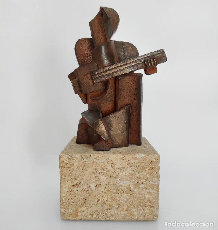 ESCULTURA ARLEQUÍN POR MIGUEL GUÍA (Arte - Escultura - Resina)