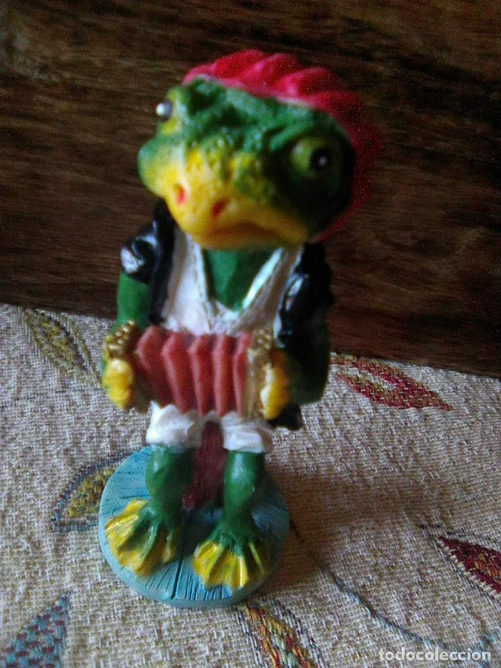 Arte: Preciosa figurita en resina pintada en vivos colores - Foto 3 - 236518735