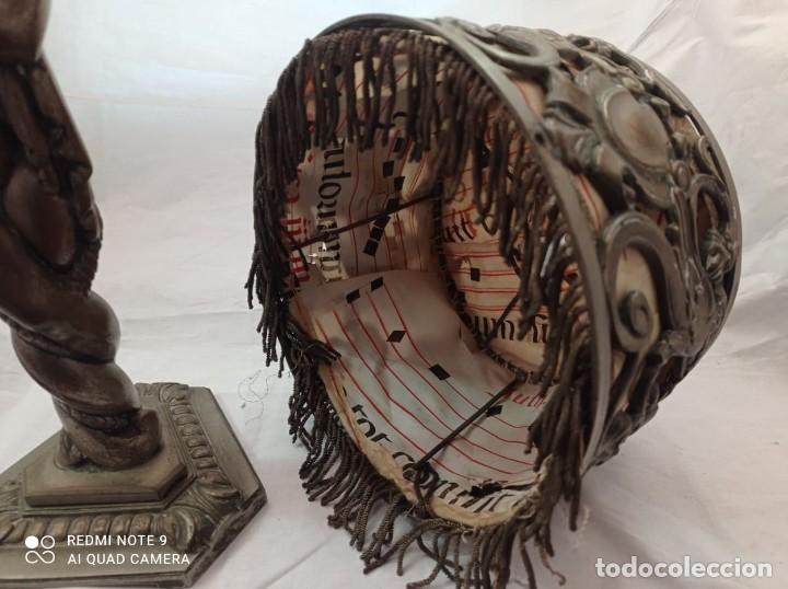 Arte: LAMPARA SOBREMESA EN BRONCE CON PANTALLA DE BRONCE Y PERGAMINO. AÑOS 20. - Foto 10 - 236884425