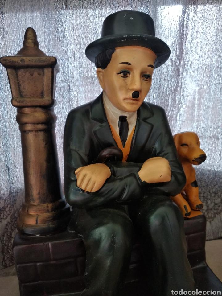 PORCELANA INGLESA CHARLE CHAPLIN (Arte - Escultura - Porcelana)