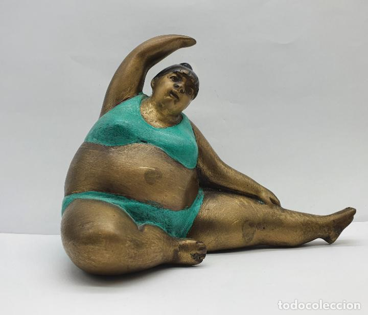 Arte: Bella escultura antigua de dama en traje de baño estilo botero en bronce parcialmente esmaltada . - Foto 5 - 236953660
