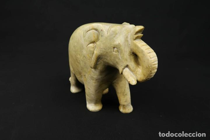 Arte: Antiguo Elefante Tallado en Piedra - Foto 2 - 237706875
