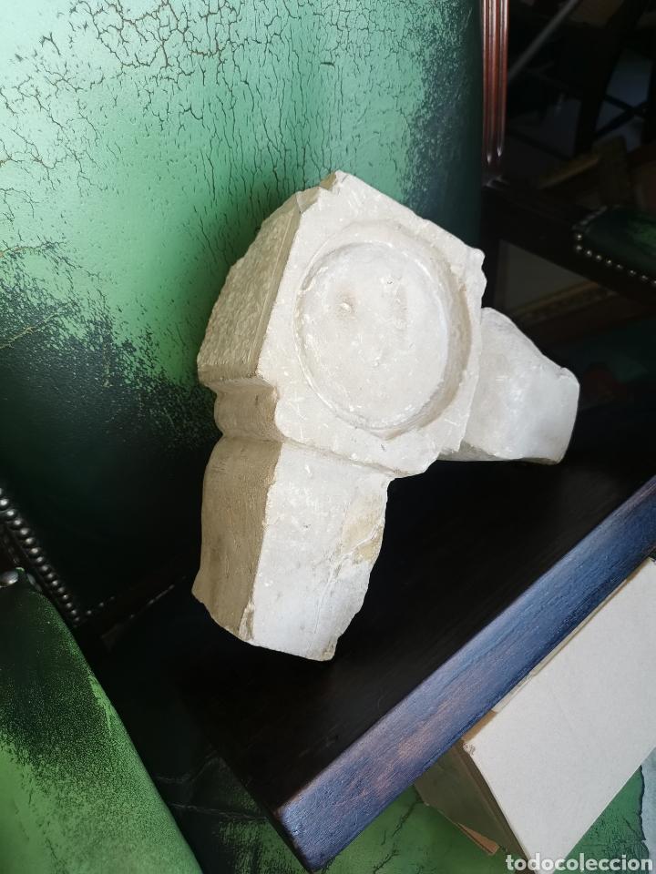Arte: Escultura antigua de piedra. Clave de arco. Siglo XVIII - Foto 4 - 238404090