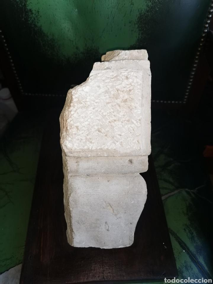 Arte: Escultura antigua de piedra. Clave de arco. Siglo XVIII - Foto 5 - 238404090