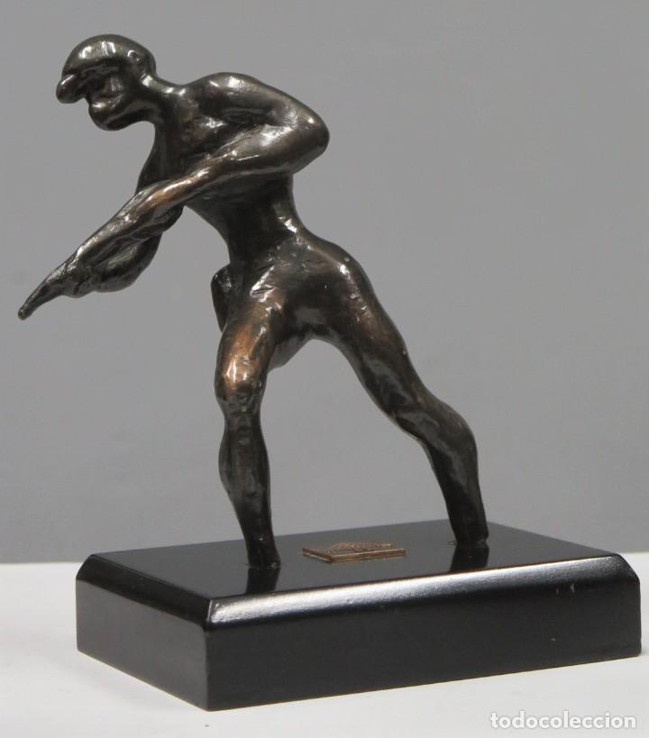 FIGURA DE MINERO PICANDO. BRONCE. MECAMINAS (Arte - Escultura - Bronce)