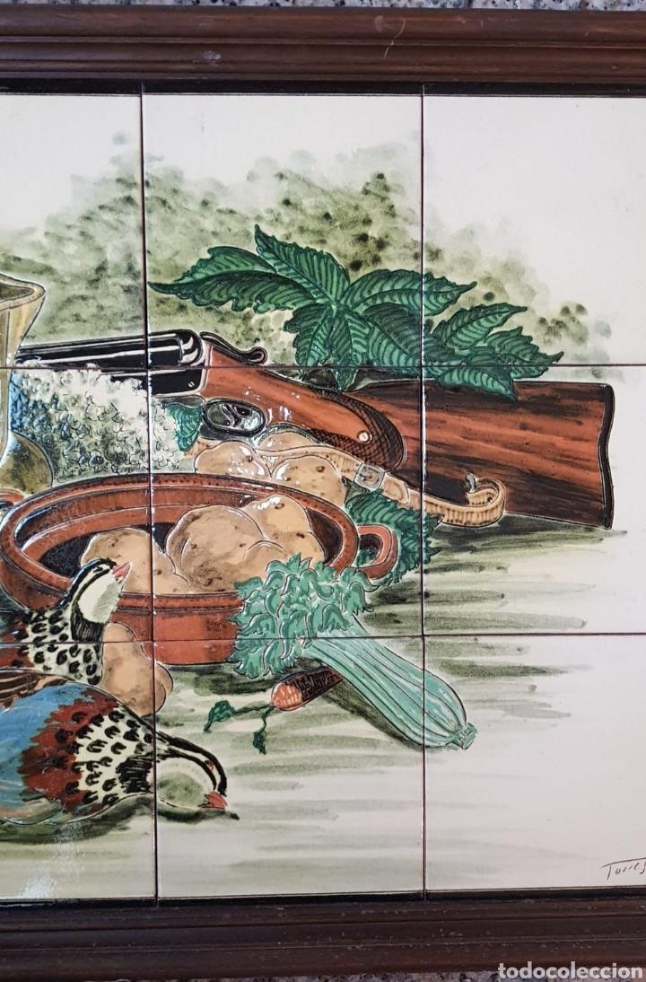 Arte: Cuadro de pintura en cerámica escena de caza, bodegon 12 azulejos 15×15cm, firmado, Torres. - Foto 3 - 245391395