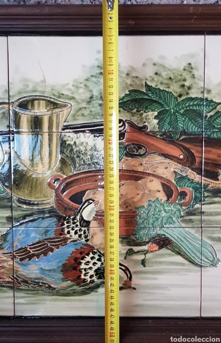 Arte: Cuadro de pintura en cerámica escena de caza, bodegon 12 azulejos 15×15cm, firmado, Torres. - Foto 5 - 245391395