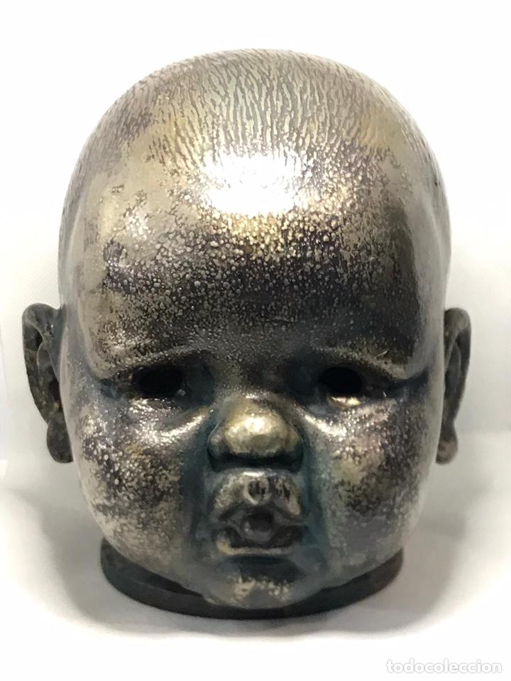 Arte: Busto de metal cabeza de bebe - Foto 14 - 246009765