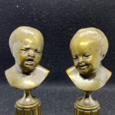 Arte: PAREJA DE BUSTOS DE BRONCE MOTIVOS INFANTILES. Lote 246355355