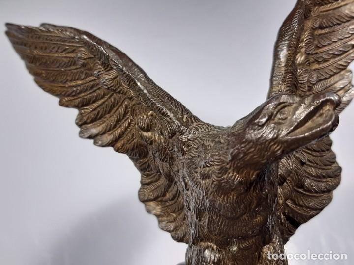 Arte: Águila. Bronce y piedra. Siglo XX. - Foto 12 - 246455495