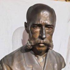 Arte: EDUARDO PEREZ PUJOL JURISTA, HISTORIADOR ,ESCULTURA UNICA POR VICENTE RIOS ENRIQUE.FECHADA 1887. Lote 247492355
