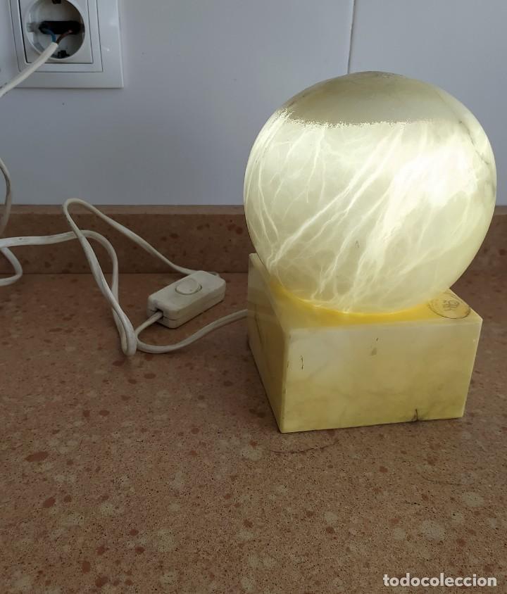 LÁMPARA ANTIGUA DE ALABASTRO (Arte - Escultura - Alabastro)