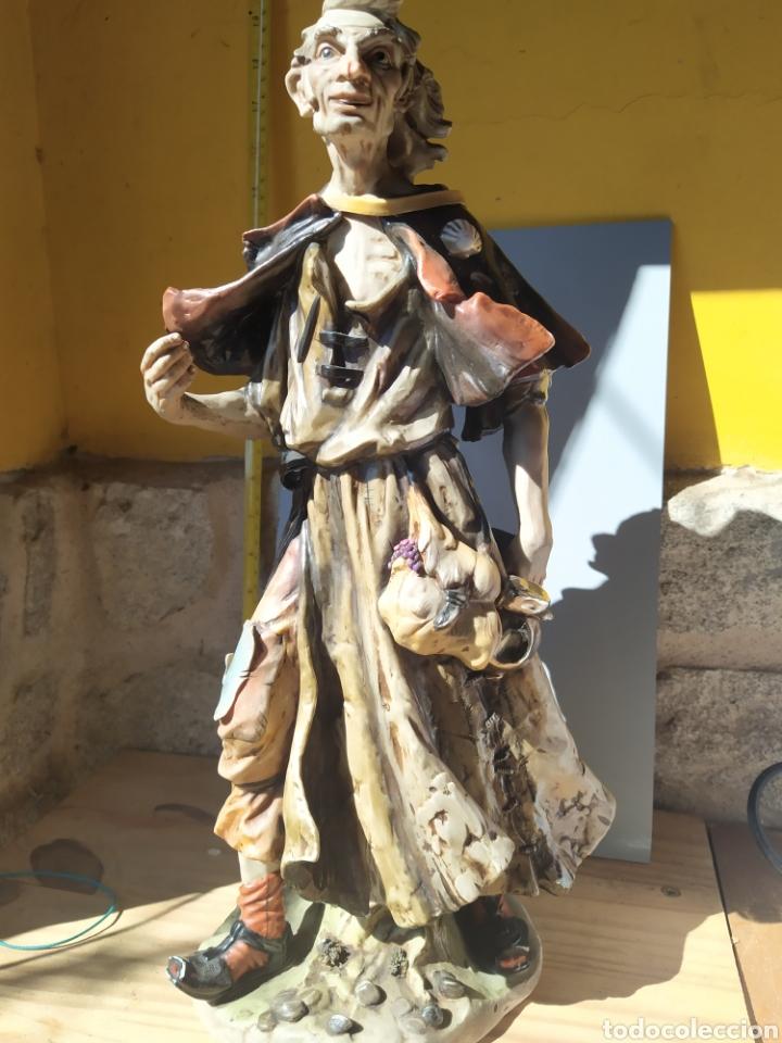 APÓSTOL PEREGRINÓ LOPEZ MORENO (Arte - Escultura - Porcelana)