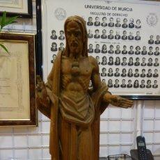 Arte: ESCULTURA DE EL SAGRADO CORAZON DE MADERA DE PRINCIPIOS DEL SIGLO XX. Lote 250258350