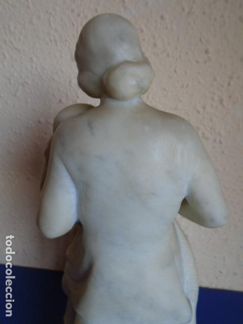 Arte: (ART-210400)ESCULTURA DE ALBASTRO MATERNIDAD FIRMADO E-SALA 1949 - Foto 17 - 254213375