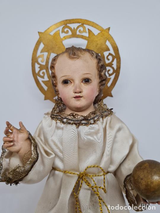 Arte: PRECIOSO NIÑO JESUS DE TALLA DE VESTIR CON SU PEANA DORADA,S. XIX - Foto 6 - 257735530