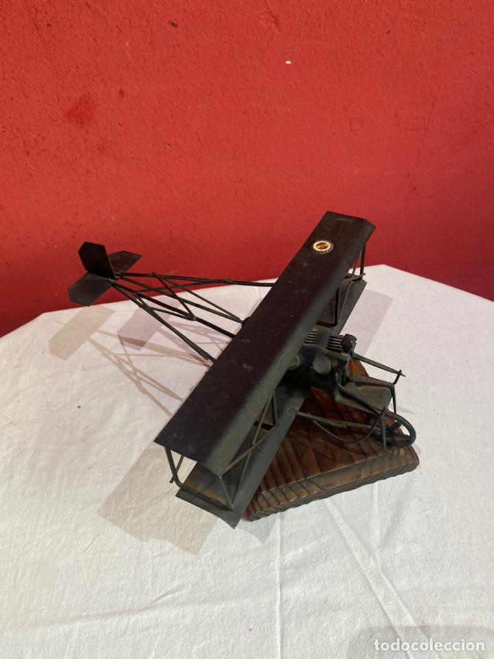 Arte: Antigua escultura avión hierro. Ver fotos - Foto 3 - 257882850