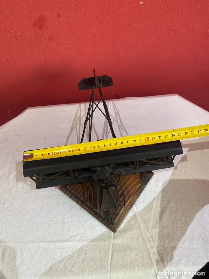 Arte: Antigua escultura avión hierro. Ver fotos - Foto 4 - 257882850