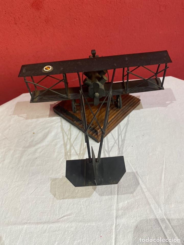 Arte: Antigua escultura avión hierro. Ver fotos - Foto 10 - 257882850