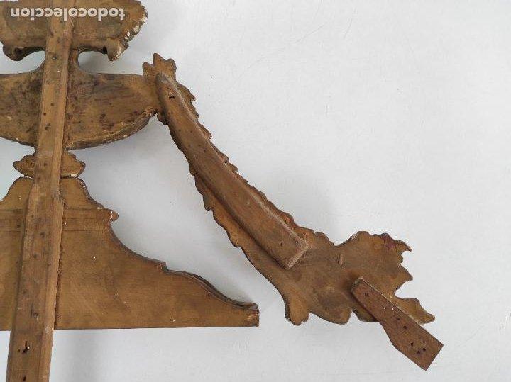 Arte: Precioso Remate Carlos IV - Talla de Madera Dorada en pan de Oro - Principios S. XIX - Foto 15 - 259773990