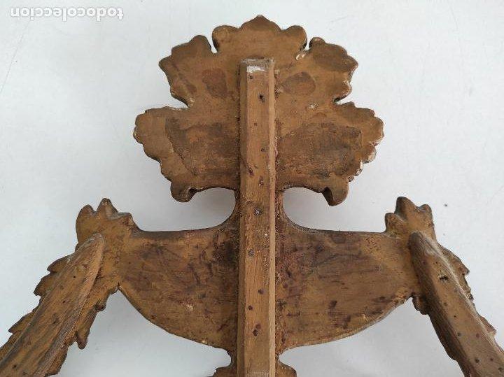 Arte: Precioso Remate Carlos IV - Talla de Madera Dorada en pan de Oro - Principios S. XIX - Foto 16 - 259773990