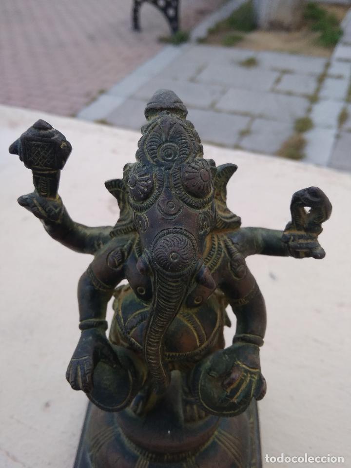 Arte: Preciosa y antigua figura de bronce de Ganesha hija de Shiva. Vitrina central - Foto 13 - 262369115