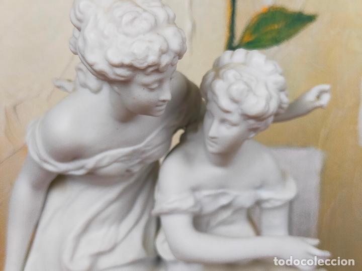 FIGURA PORCELANA BISCUIT- ALONSO CEBREROS 24 CM (Arte - Escultura - Porcelana)