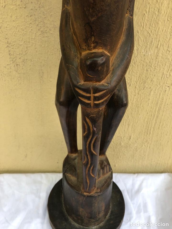 Arte: Curiosa escultura africana madera tallada grandes dimensiones más de 1 metro. Ver fotos - Foto 7 - 266004508