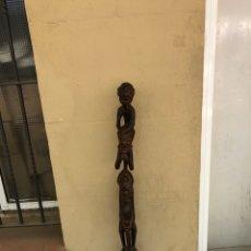 Arte: CURIOSA ESCULTURA AFRICANA MADERA TALLADA GRANDES DIMENSIONES MÁS DE 1 METRO. VER FOTOS. Lote 266004508