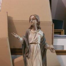 Arte: BONITA FIGURA RELIGIOSA EN RESINA. Lote 268432474