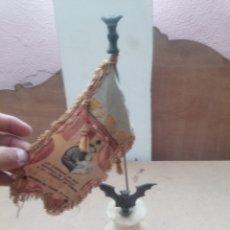 Arte: BONITA FIGURA CON BANDERA. Lote 268880514