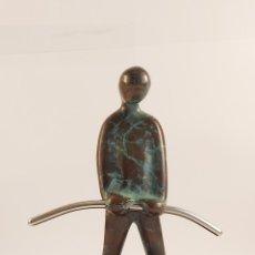 Arte: ESCULTURA DE BRONCE Y BASE DE MÁRMOL. Lote 269400488