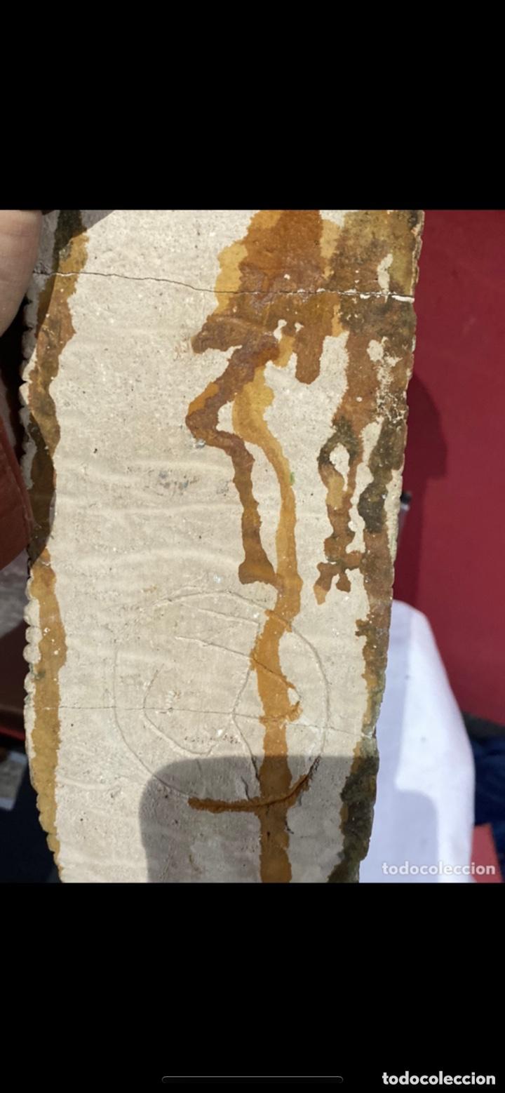 Arte: Curiosa escultura de piedra tallada firmada con figura virgen negra de Monserrat. Ver las fotos - Foto 13 - 271685148