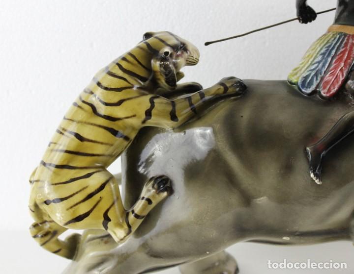 Arte: Figura de gran tamaño en terracota policromada. Blackamoor Lucha entre elefante y tigres - Foto 16 - 275209073