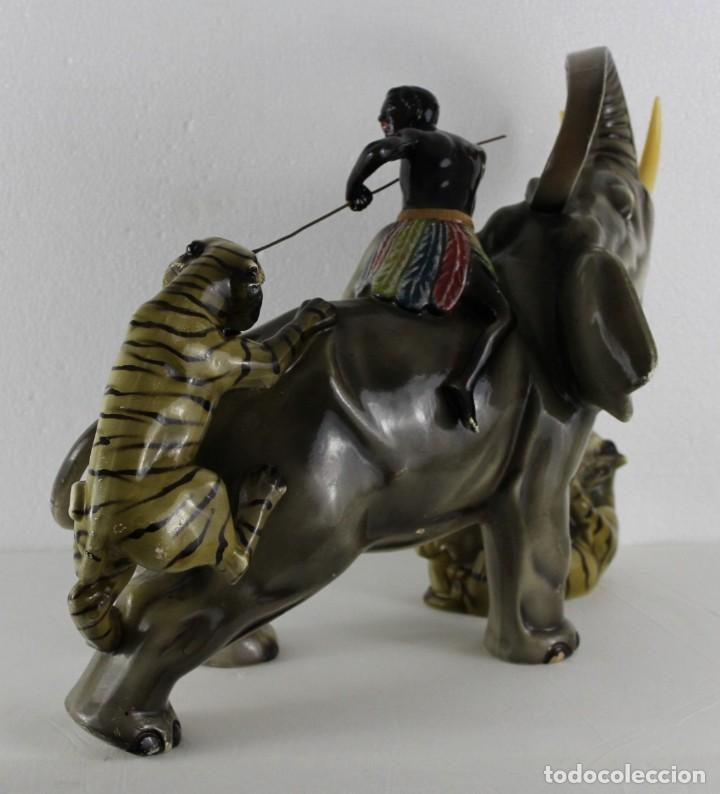 Arte: Figura de gran tamaño en terracota policromada. Blackamoor Lucha entre elefante y tigres - Foto 18 - 275209073