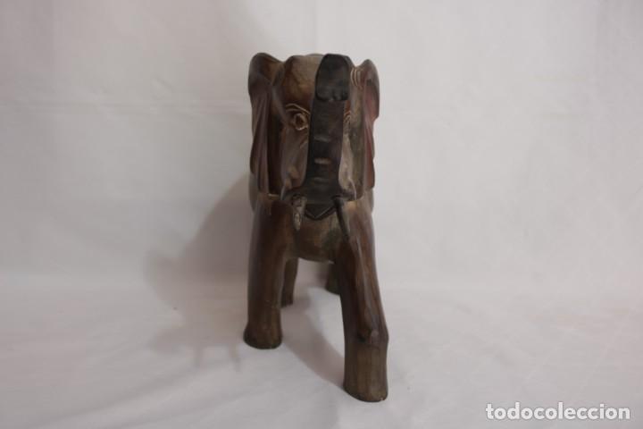 Arte: Curiosa escultura de un elefante africano tallado a mano en madera - Foto 10 - 277095308