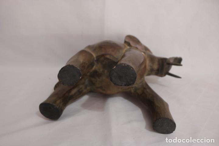 Arte: Curiosa escultura de un elefante africano tallado a mano en madera - Foto 13 - 277095308