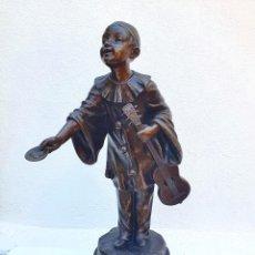 Arte: PETIT PIERROT - ESCULTURA DE ARISTIDE DE RANIERI - 1865 - 1929. Lote 278509033