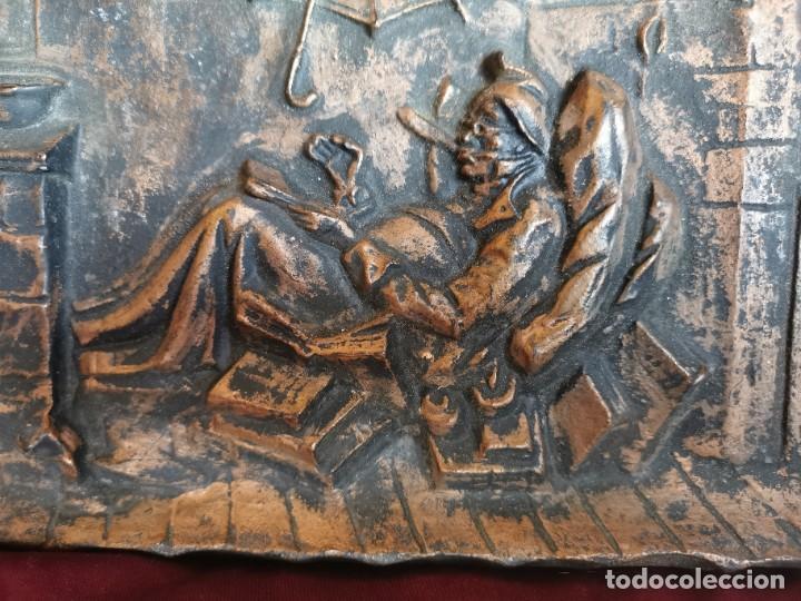 """Arte: Preciosa placa - relieve metálica. 5 kilos. Obra """"el poeta pobre"""" del alemán Carl Spitzweg - Foto 3 - 278578138"""